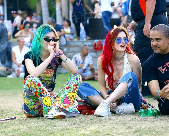 Bella and Dani Thorne – 2018 Coachella Weekend 2 in Indio