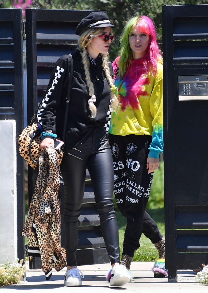 Bella and Dani Thorne out in Los Angeles