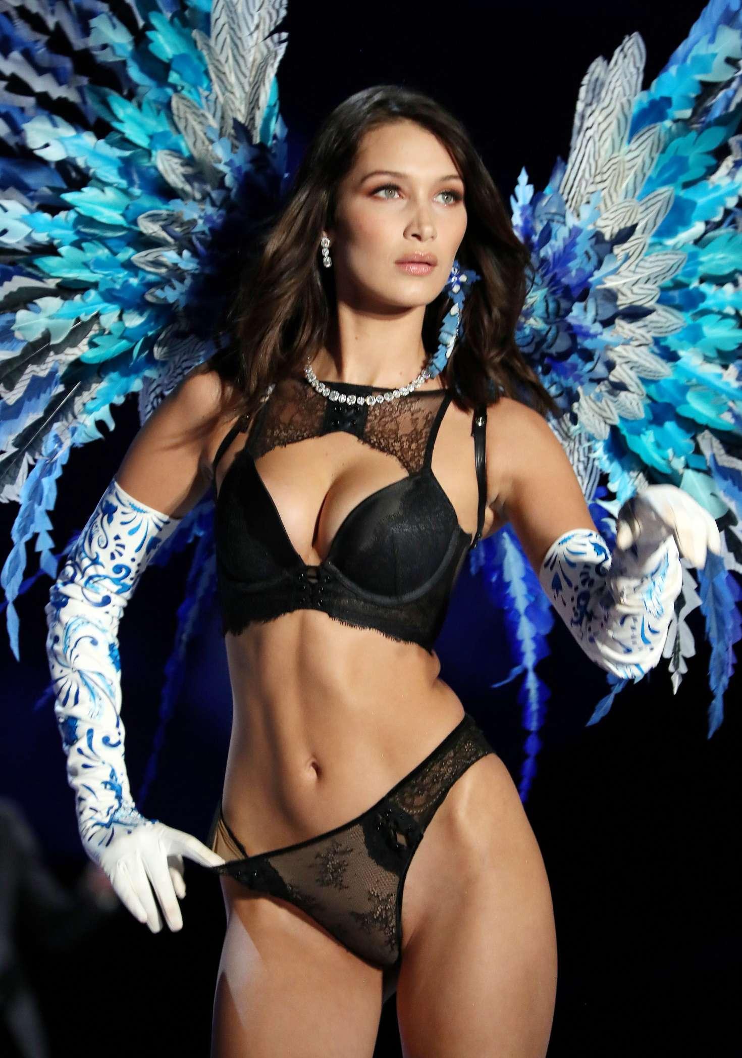 Kendall Jenner Victoria Secret Fashion Show