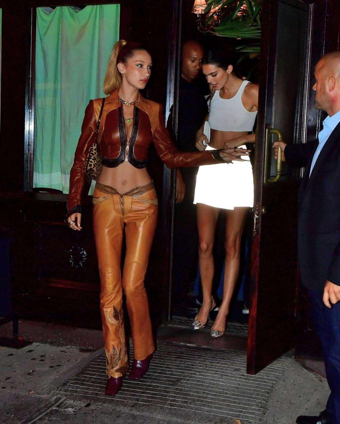 Kendall Jenner 2019 : Bella Hadid and Kendall Jenner at Avenue nightclub-13