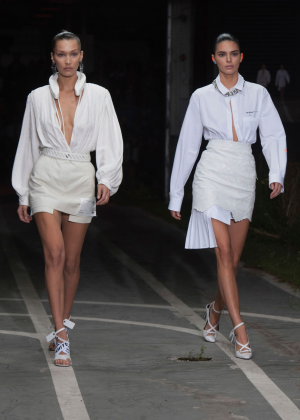Bella Hadid and Kendall Jenner - Off-White Runway Show in Paris