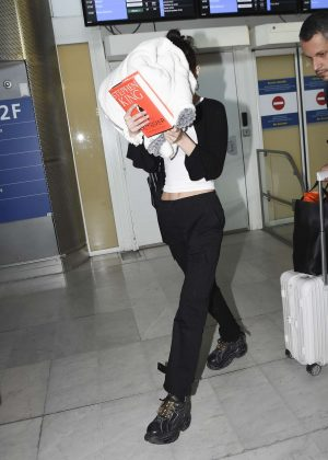 Bella Hadid - Arrives at Charles de Gaulle Airport in Paris