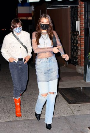 Bella Hadid - Heading to her pre-birthday dinner party in Brooklyn