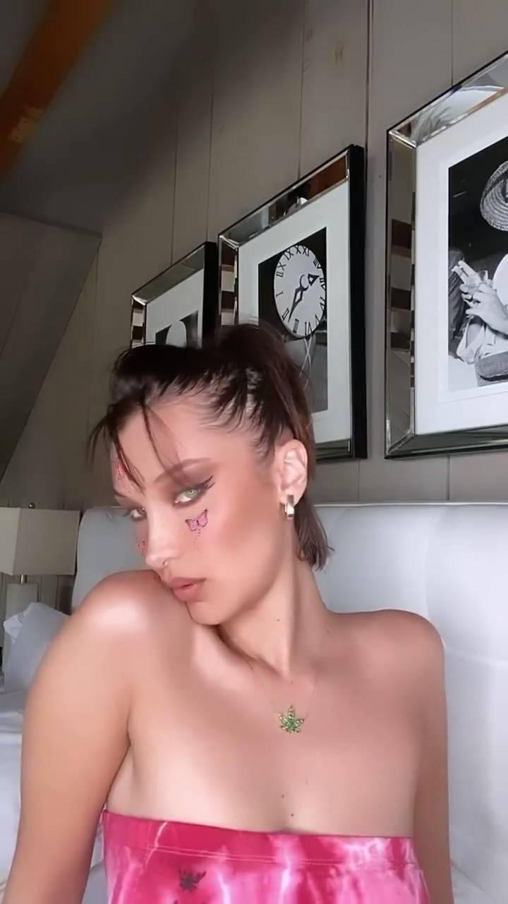 Bella Hadid - IG Live Makeup - Personal