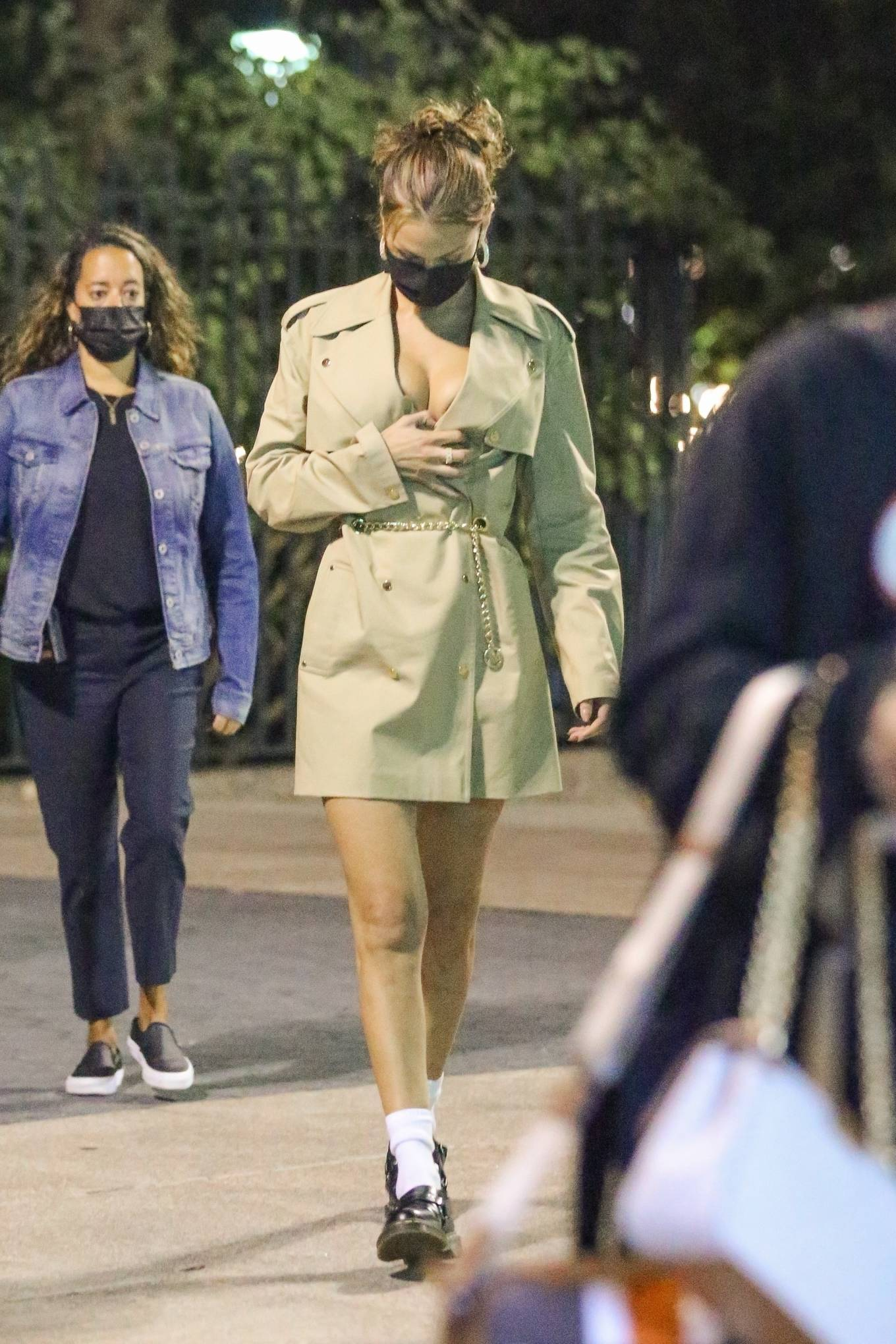 Bella Hadid 2020 : Bella Hadid – Looks chic while out in New York-24