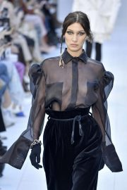 Bella Hadid - Max Mara fashion show