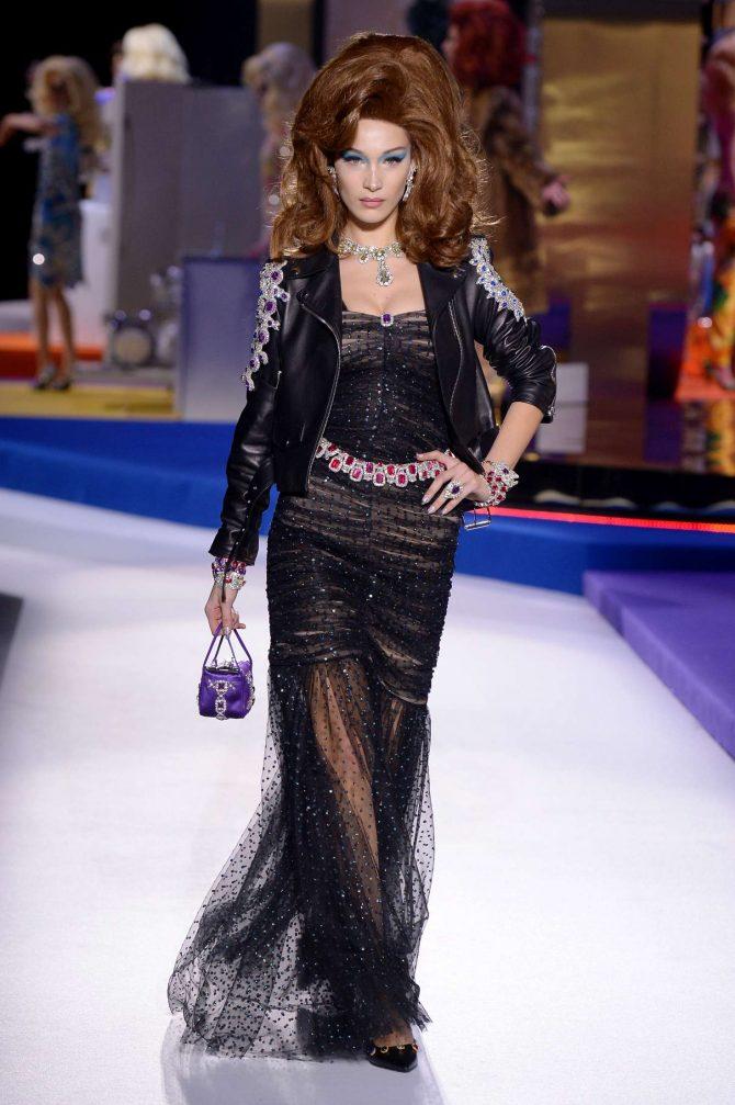 Bella Hadid – Moschino Runway Show in Milan