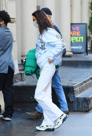 Bella Hadid - Spotted while returning to her apartment in NYC
