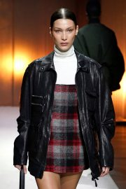 Bella Hadid - Tod's show at Milan Fashion Week