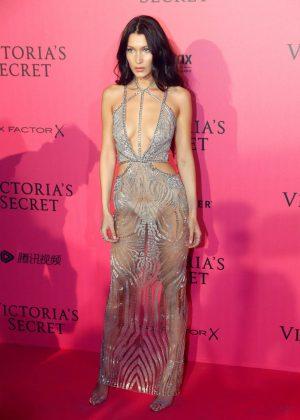 Bella Hadid Victoria S Secret Fashion Show 2016 After