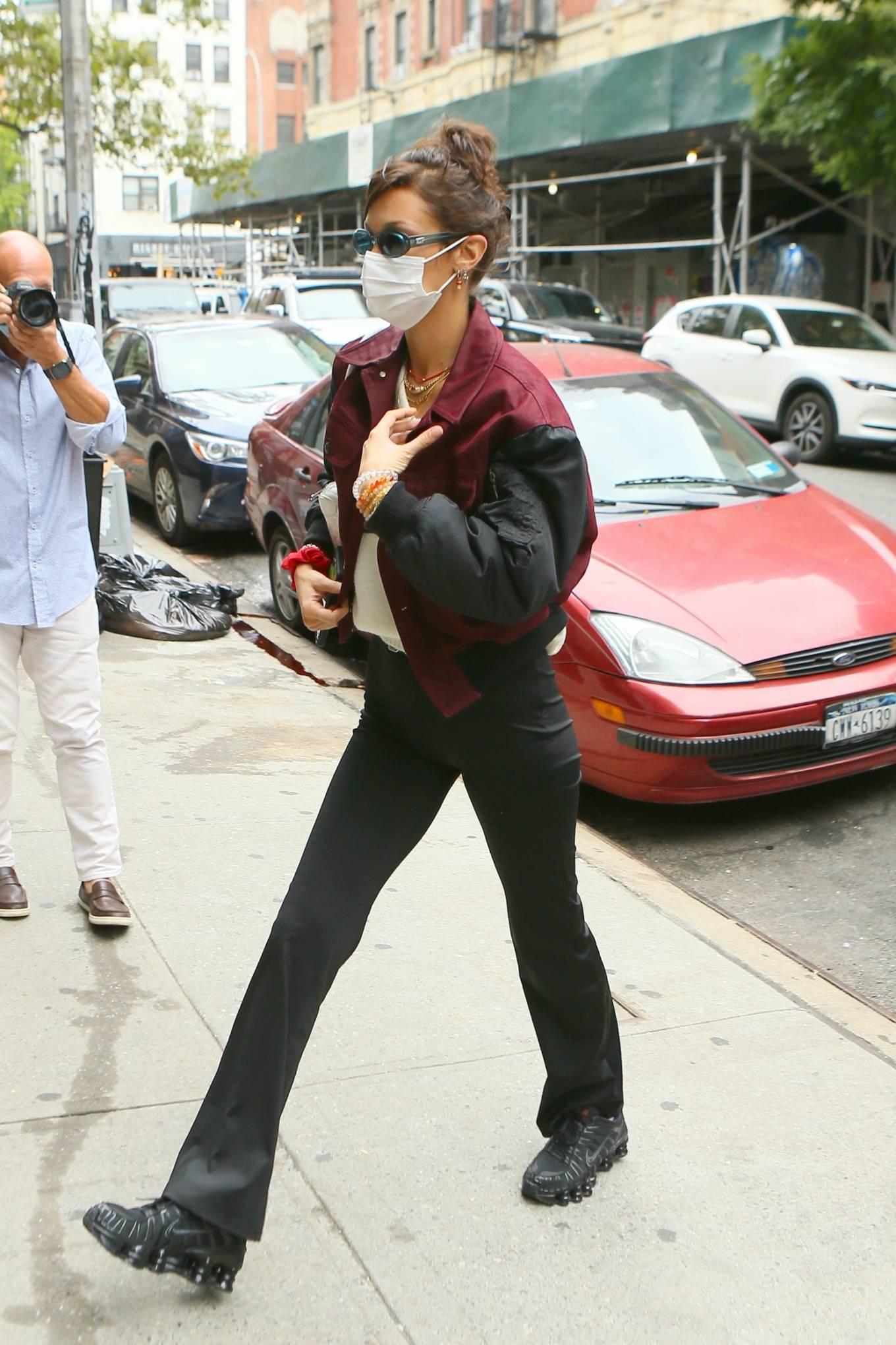 Bella Hadid - Visit friend in New York City