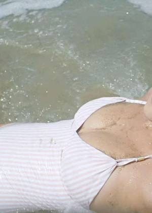 Bella Hadid in Swimsuit -04