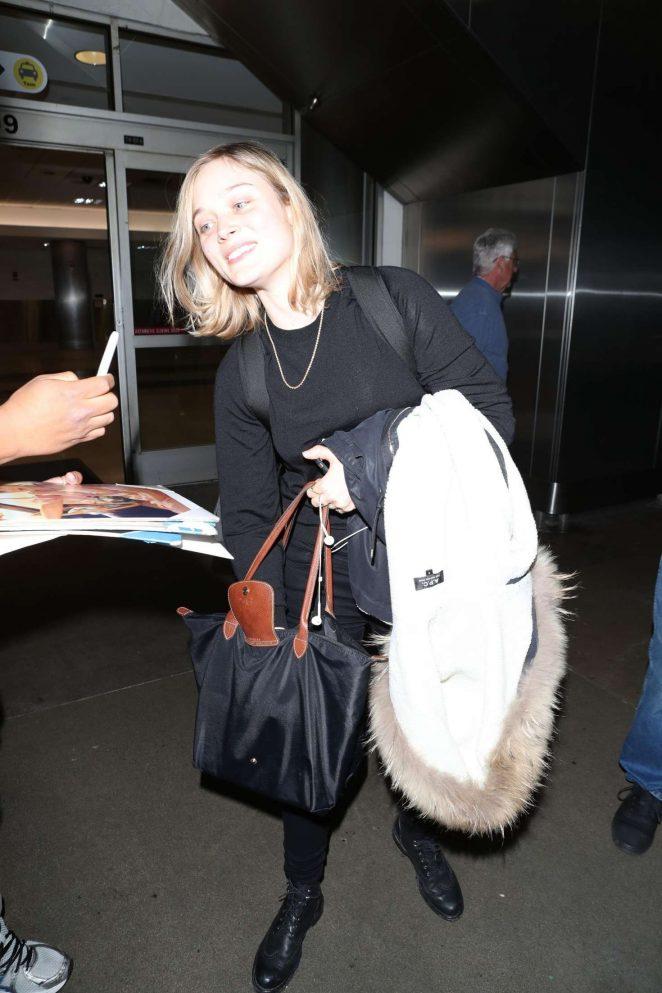 Bella Heathcote 2018 : Bella Heathcote: Arrives at LAX Airport -10