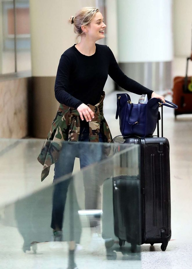 Bella Heathcote in Jeans Arrives at Airport in Sydney