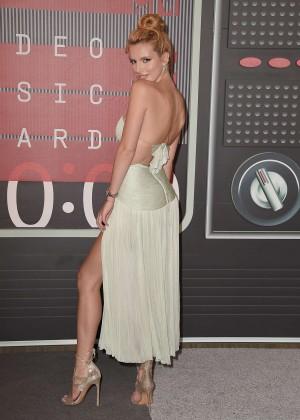 Bella Thorne: 2015 MTV Video Music Awards -04