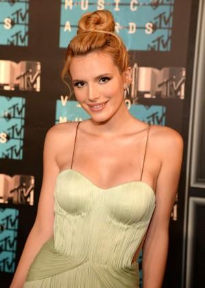 Bella Thorne: 2015 MTV Video Music Awards -09
