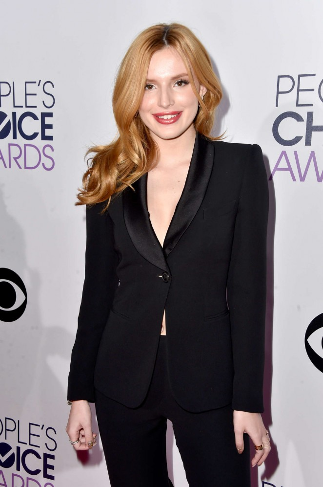 Bella Thorne – 41st Annual People's Choice Awards in LA