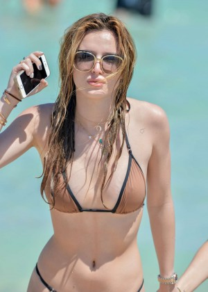 Bella Thorne and Dani Thorne: Hot in a Bikini on the beach in Miami-40