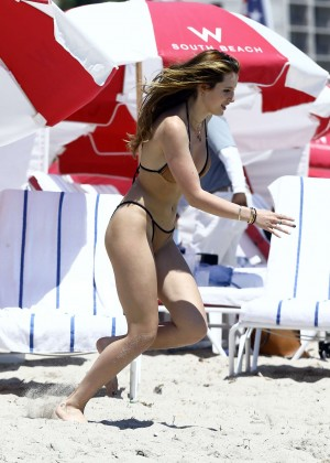 Bella Thorne and Dani Thorne: Hot in a Bikini on the beach in Miami-50