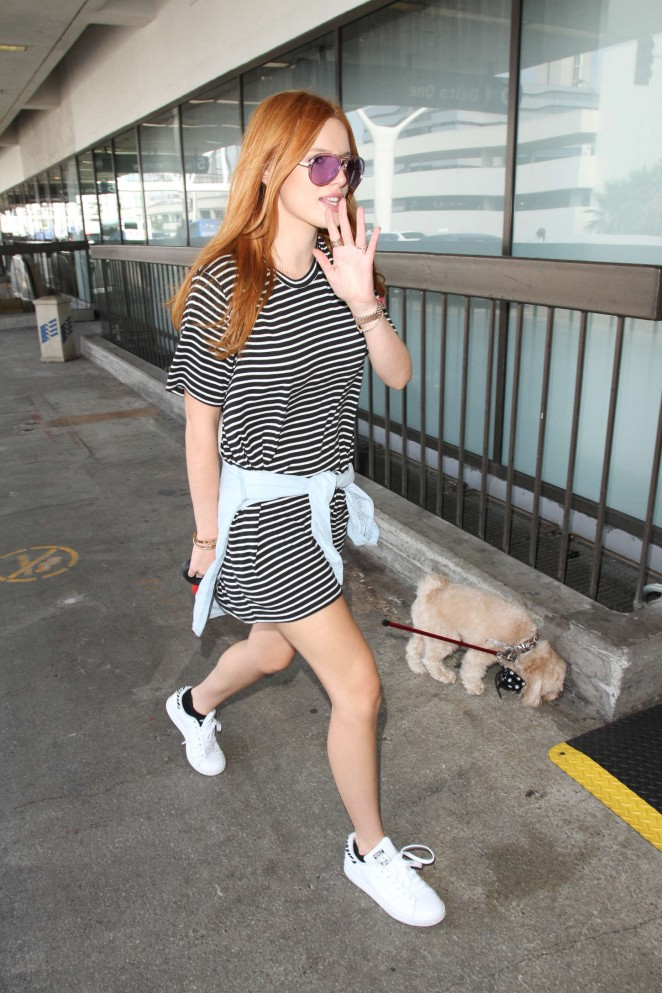 Bella Thorne – Arrives at LAX airport in LA