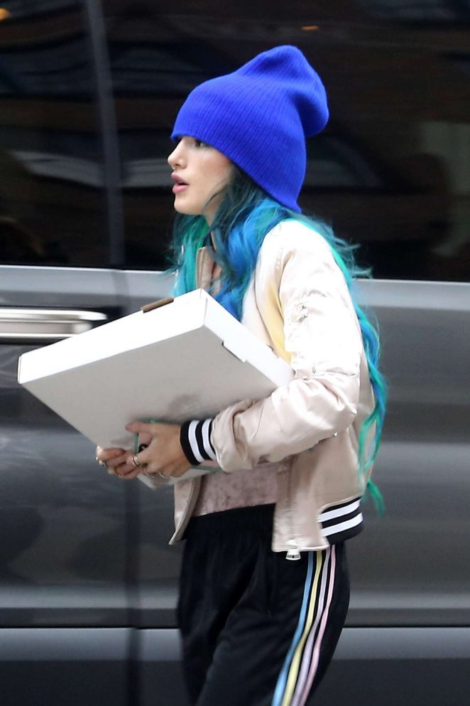 Bella Thorne - Arriving to the set of 'Assassination Nation' in New Orleans