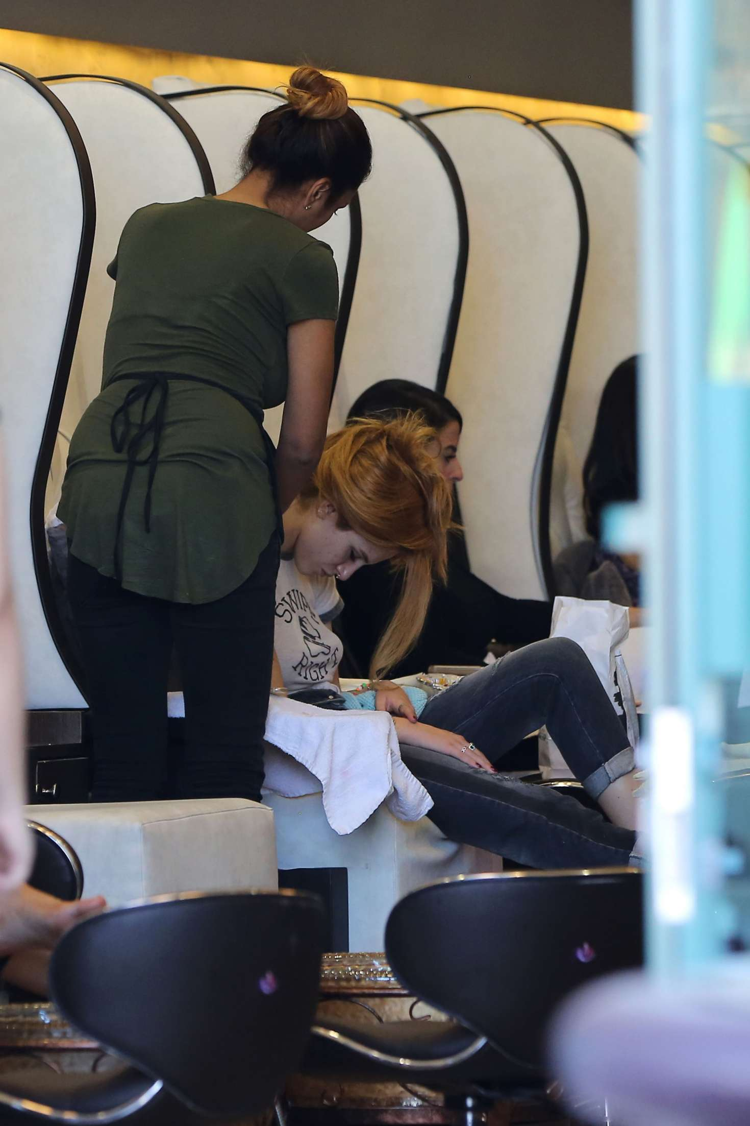 Bella Thorne at The Nail Garden in Los Angeles