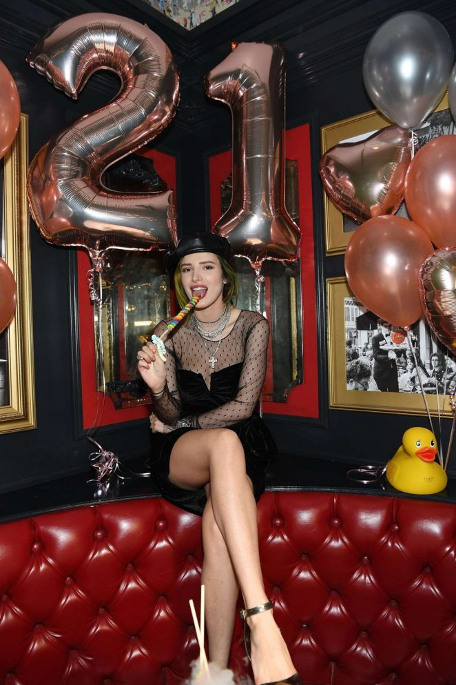 Bella Thorne - Celebrates 21st Birthday in Las Vegas
