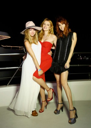 Bella Thorne: Celebrates Her 18th Birthday -14