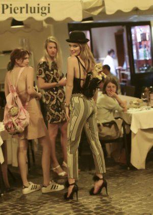 Bella Thorne: Having Dinner in Rome -09
