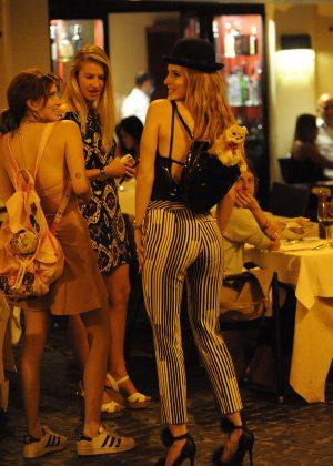 Bella Thorne: Having Dinner in Rome -11