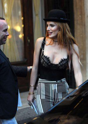 Bella Thorne: Having Dinner in Rome -12