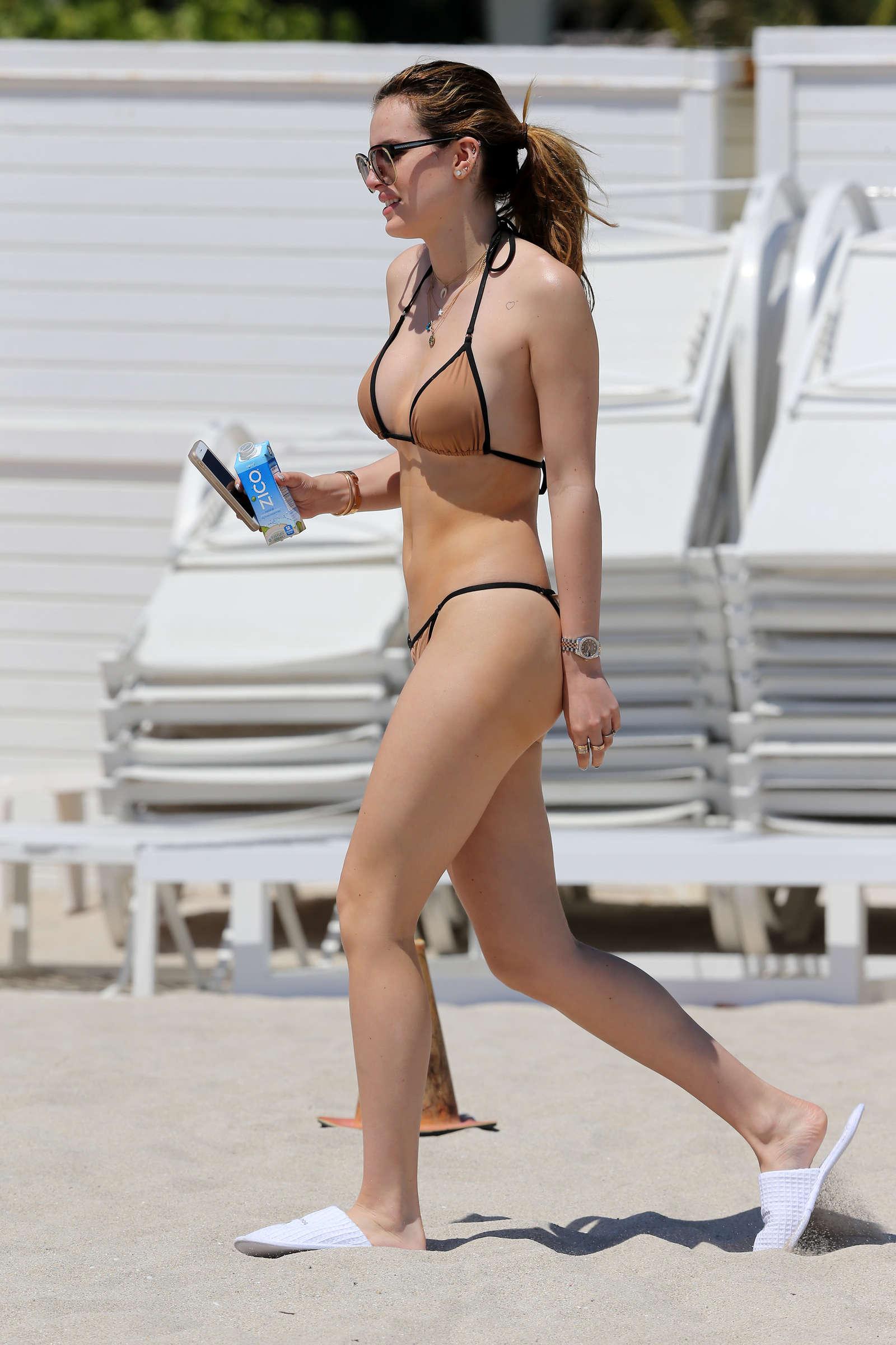 Bella thorne hot in bikini 2016 54 gotceleb