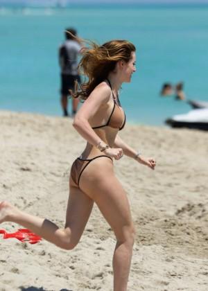 Bella Thorne Hot in Bikini 2016 -84
