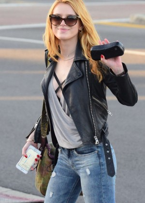 Bella Thorne Booty in Jeans -07