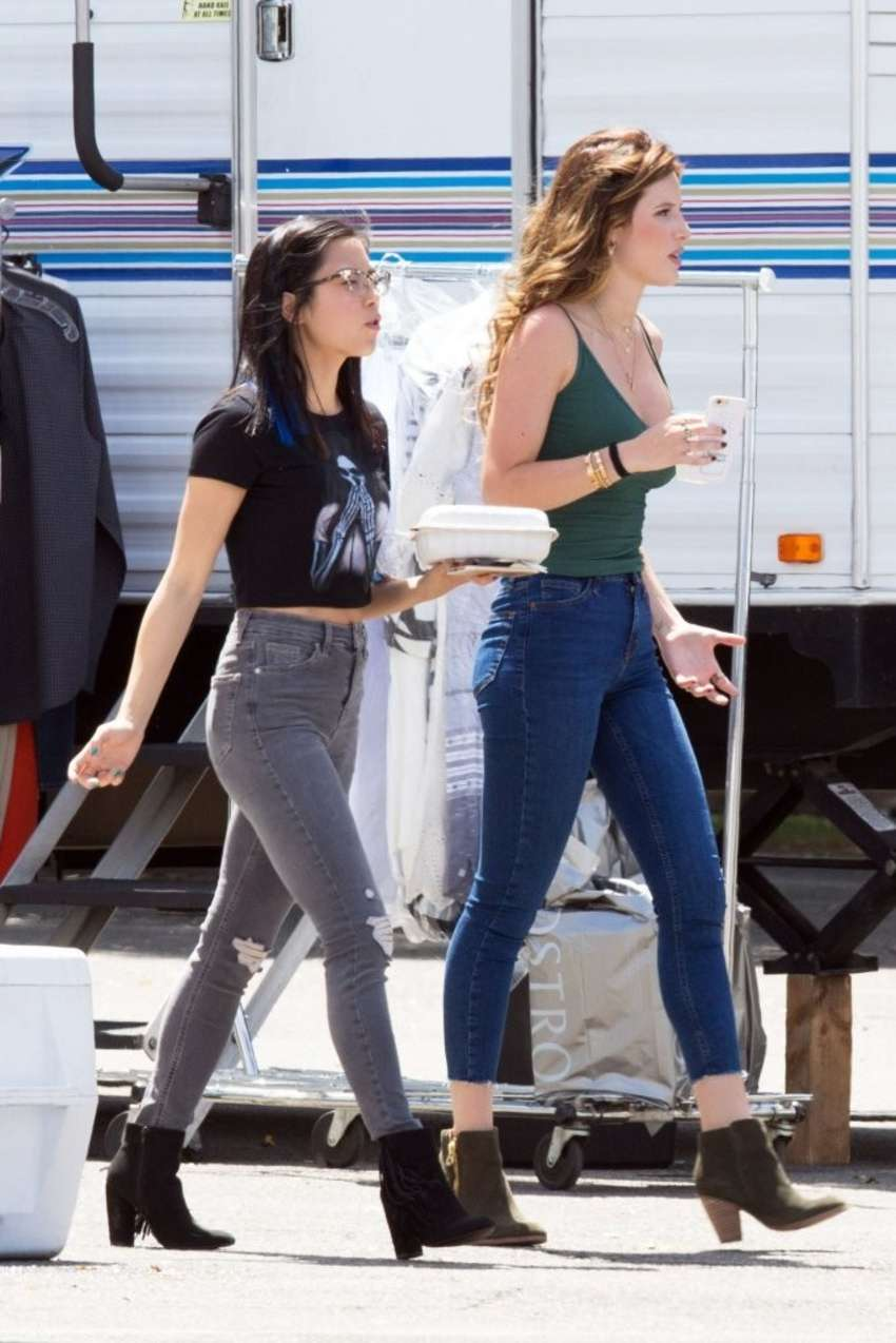 Bella Thorne 2016 : Bella Thorne in Jeans On the set of You Get Me -08