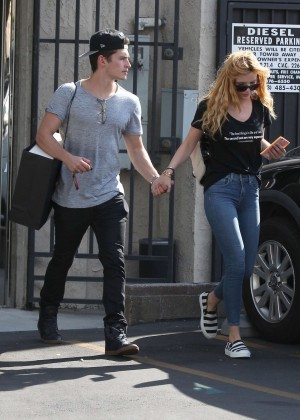 Bella Thorne Booty in Jeans -04