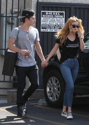 Bella Thorne Booty in Jeans -16
