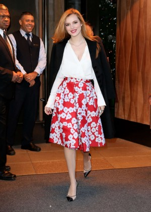 Bella Thorne: Leaving a party -26