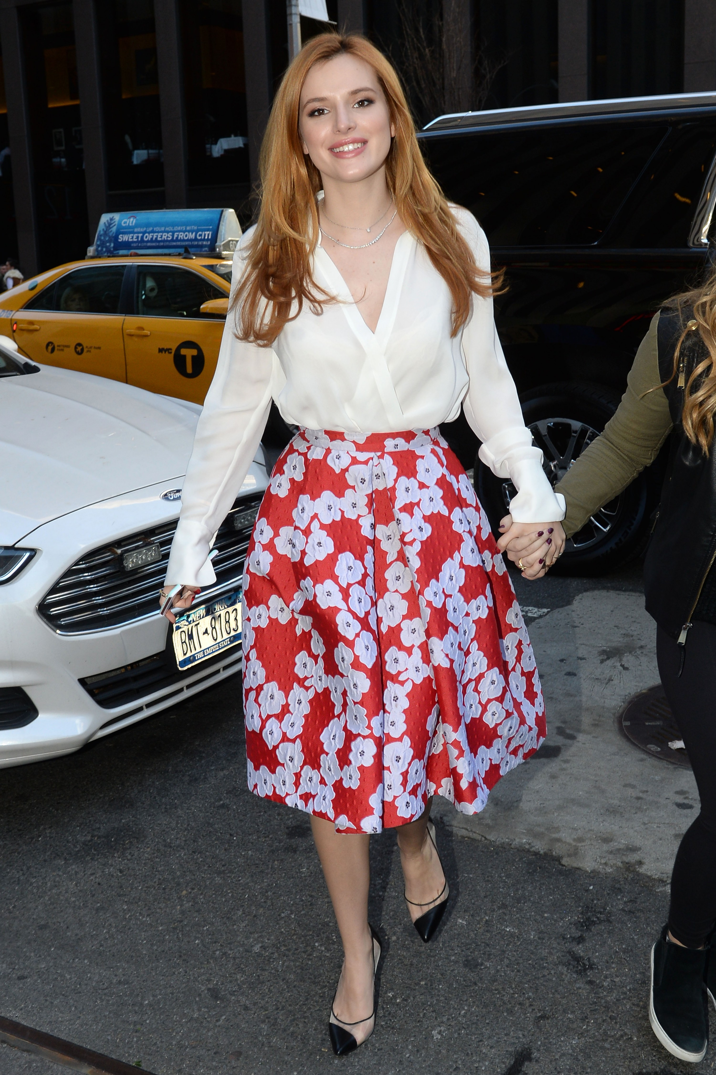 Bella Thorne 2016 : Bella Thorne: Leaving a party -40