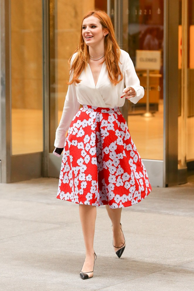 Bella Thorne 2016 : Bella Thorne: Leaving a party -51