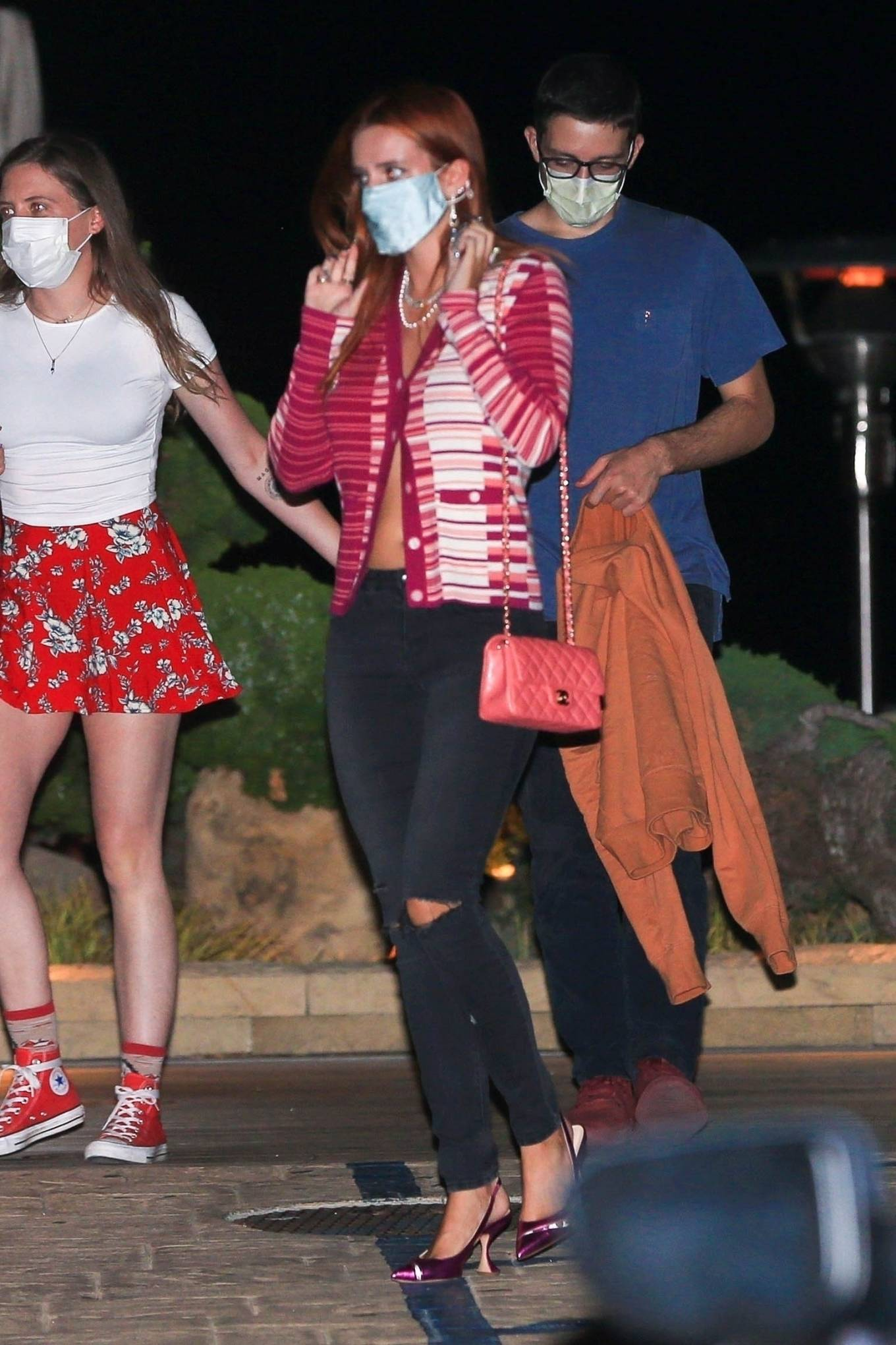 Bella Thorne - Out for night dinner with her sister at Nobu