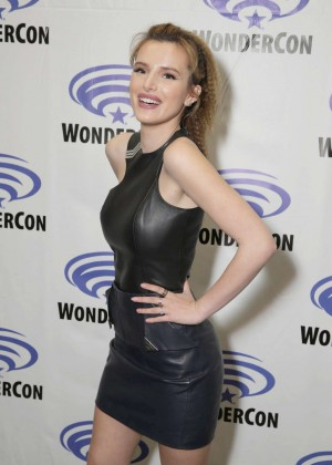 Bella Thorne - Ratchet and Clank WonderCon 2016 in Los Angeles