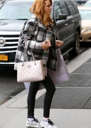 Bella Thorne - Returning to her hotel in NYC