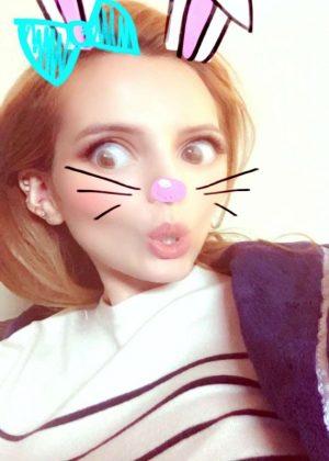 Bella Thorne: Social Media -12