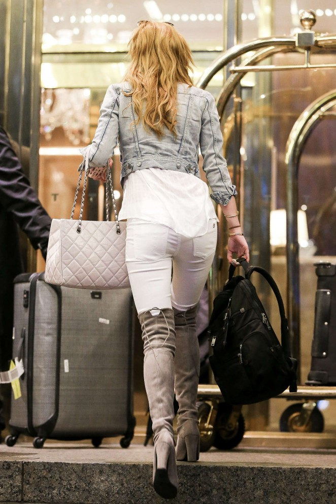 Bella Thorne in Jeans Out in NYC