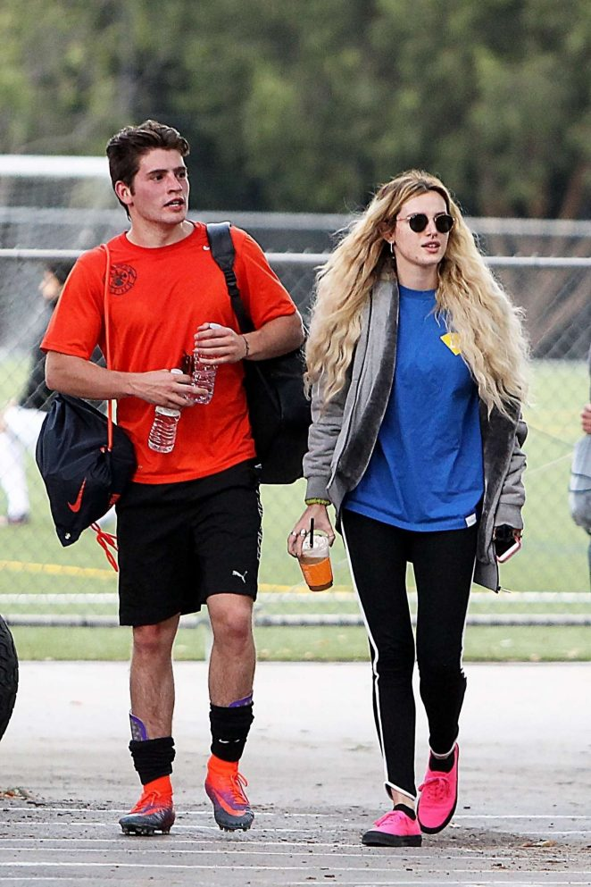 Bella Thorne – Supports Gregg Sulkin at a soccer game -29