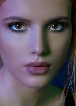 Bella Thorne: VVV Magazine2016 -06