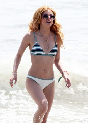 Bella Thorne in Bikini -06