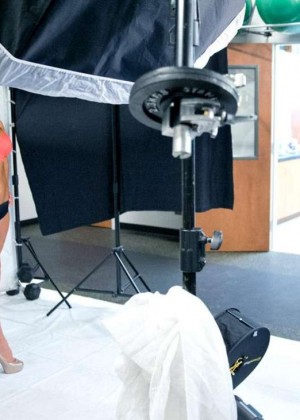 Bella Twins: Muscle and Fitness Hers 2015 (Behind the Scenes) -03