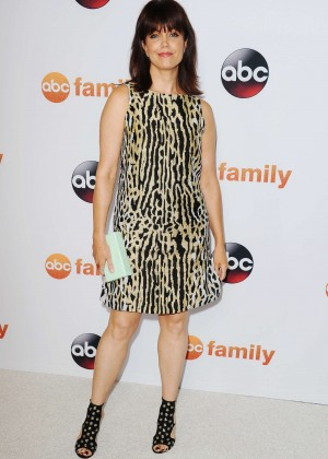 Bellamy Young - Disney ABC 2015 Summer TCA Press Tour Photo Call in Beverly Hills